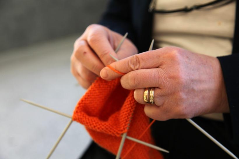 knitting-1809160_1920
